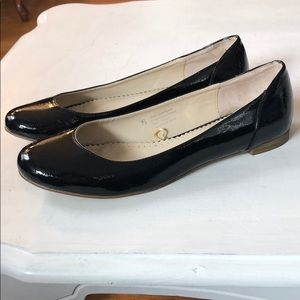 Anthropologie • patent leather flats